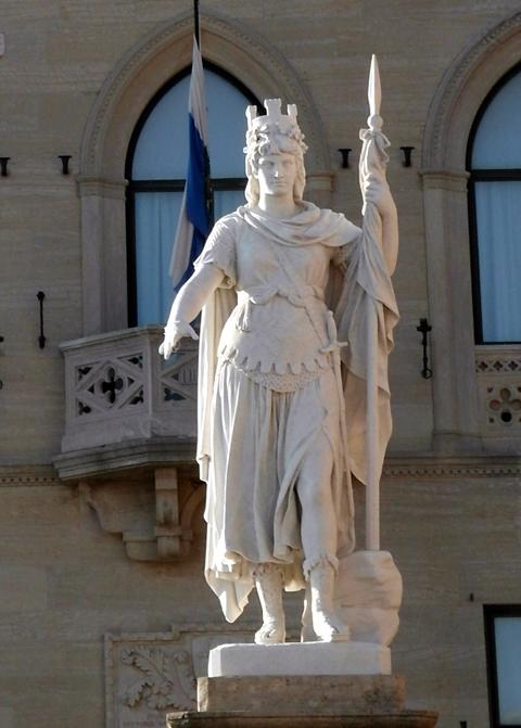 Statua della liberta san marino