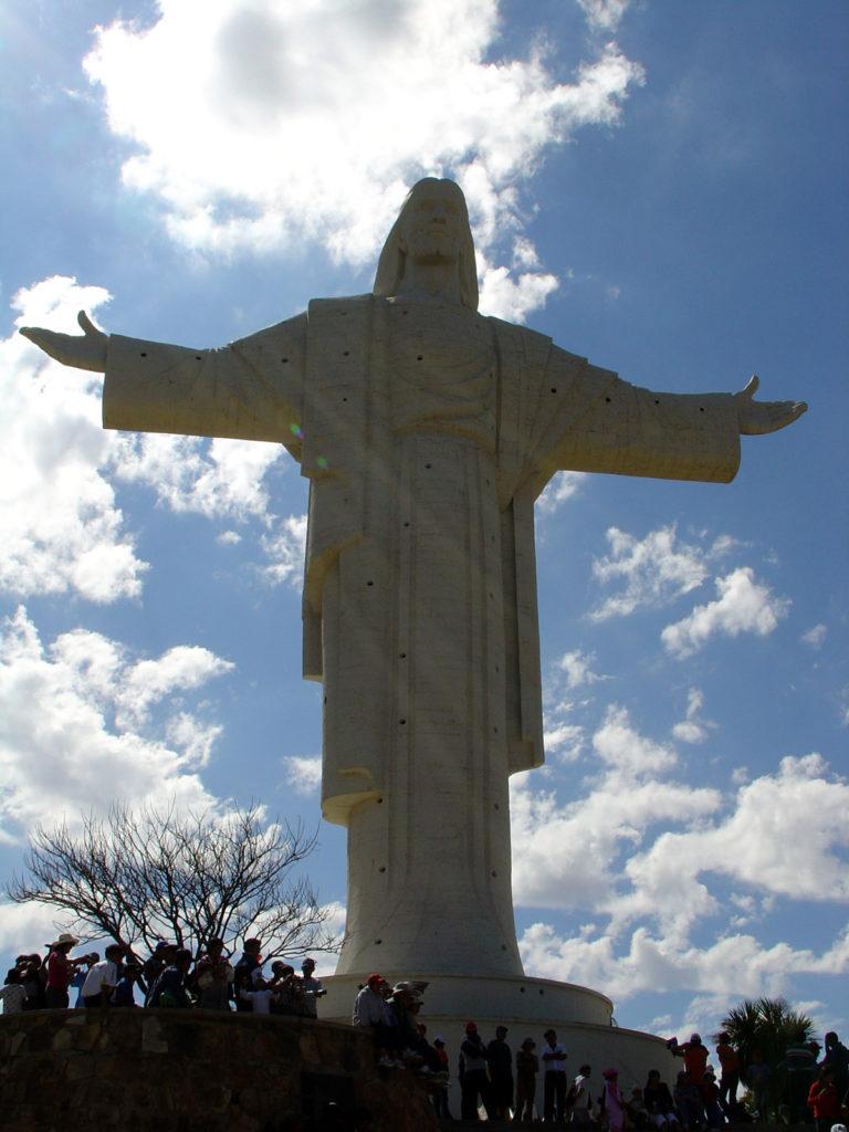 Cristo della concordia Bolivia1