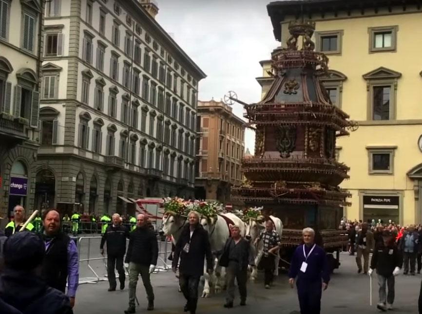 Scoppio del carro a Firenze 4