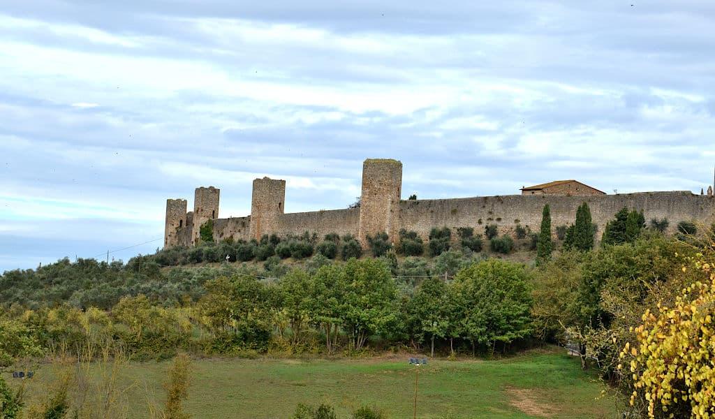 La corona turrita di Monteriggioni 2