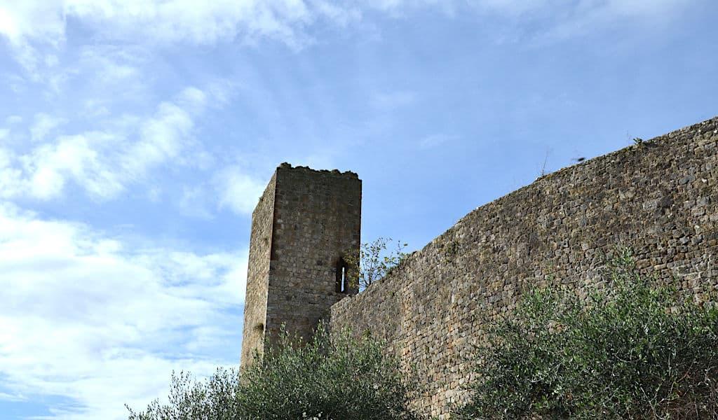 La corona turrita di Monteriggioni 4